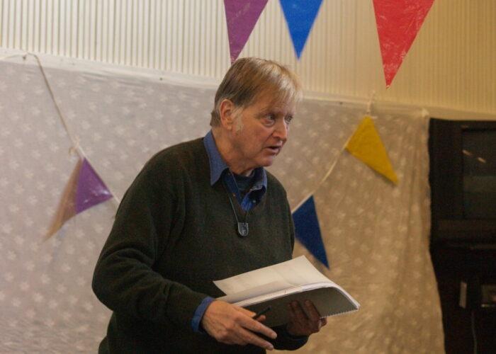 Karel Eykman leest voor in Bibliotheek Zwartewater